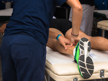 What is the difference between an osteo and a physio?