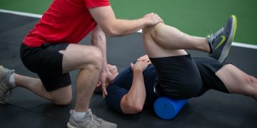 Can Osteopathy help with knee pain?